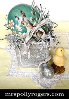 Wallpapered Spring Basket - Mrs. Polly Rogers | Decorate, Make, Create! | Mrs. Polly Rogers | Decorate, Make, Create!