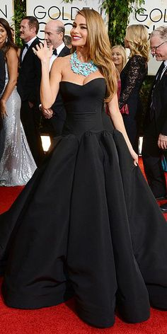 Love Sofia Vergara dress #bestdressed #goldenglobes