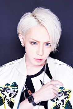Chisa - DIV, Visual Kei, J-Rock band, Japanese music