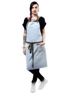 DENIM LIGHT BLUE CHEF *Chef Aprons, Waist Aprons, & Kitchen Aprons at Chef Uniforms *Delantal vaquero fabricado 100%  denim. Perfecto para cocineros y restaurantes de diseño. Jook Company