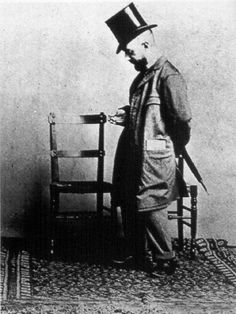 """""""One is ugly oneself, but life is beautiful."""" -Henri de Toulouse-Lautrec"""