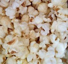 Popcorn in einem Actifry! Homemade Popcorn, Popcorn Recipes, Gourmet Recipes, Crockpot Recipes, Snack Recipes, Cooking Recipes, Healthy Recipes, Snacks, Recipe Foe
