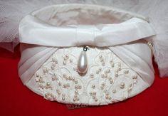 Vintage Bridal Veil 1960s Pill Box Style by ilovevintagestuff,