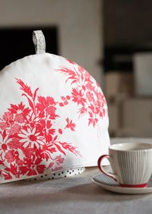 How to make a tea cosy  Brighten up the breakfast table with a handcrafted tea cosy. Top textile designer Lisa Stickley shows you how.