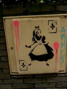 Street art Paris 2016 Alice stencil