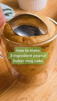 Mug Recipes, Fun Baking Recipes, Sweet Recipes, Cooking Recipes, Easy Recipes, Gluten Free Desserts, Just Desserts, Peanut Butter Mug Cakes, Snacks Für Party