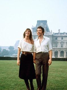 The 41 most stylish couples of all time: Jane Birkin and Serge Gainsbourg Serge Gainsbourg, Gainsbourg Birkin, Charlotte Gainsbourg, Estilo Jane Birkin, Jane Birkin Style, Style Icons Inspiration, Star Francaise, Estilo Hippie, Ossie Clark