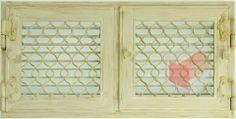 Krbová mřížka bílá antik RETRO 440x220 se žaluzií - otvíratelná