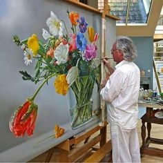 By Art: Tjalf Sparnaay note the giant maul stick used to steady his painting hand Tjalf Sparnaay, Realistic Paintings, Wow Art, Arte Floral, Art Studios, Artist At Work, Painting Inspiration, Painting & Drawing, Flower Art