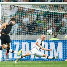 Dundalk boss Stephen Kenny hopes European success continues vs. Zenit