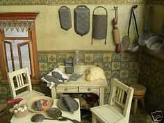 Dollhouse Minis: Antique Dollhouse Kitchen