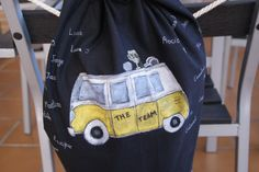 #furgo #bolsa #saco #pintadoamano  #valentinasmoon www.valentinasmoon.com