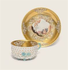 A MEISSEN MAY-BLOSSOM JAGD CUP AND SAUCER