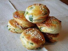 Hamburger, Bakery, Yummy Food, Bread, Foods, Party, Recipes, Food Food, Delicious Food