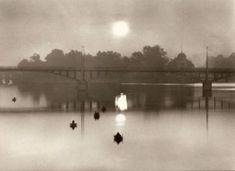 ZDENKO FEYFAR (1913 - 2001) Ráno na Vltavě 1959   (Morning on the River Vltava in 1959) Fine Art Photo, Photo Art, Old Photography, Magic City, Vintage Images, Czech Republic, Black And White, Cold War, River