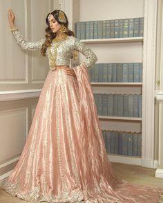 Pakistani Mehndi Dress, Bridal Mehndi Dresses, Walima Dress, Pakistani Formal Dresses, Indian Bridal Outfits, Bridal Dress Design, Pakistani Bridal Wear, Pakistani Wedding Dresses, Pakistani Dress Design