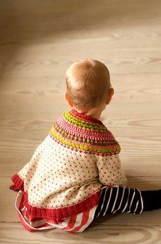 Ravelry: Barnelopper / Baby Fleas pattern by Pinneguri