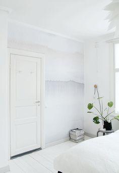 Wandbemalung in hellen farben als highlight im raum for Wandbemalung schlafzimmer