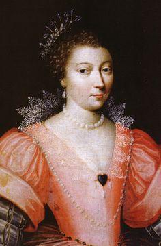 Henriette d'Entragues, marquise de Verneuil et favorite  d'Henri IV- Henri IV compromet son mariage et sa couronne en poursuivant sa relation extraconjugale, commencée après la mort de Gabrielle d'Estrées, avec Henriette d'Entragues, qui n'hésite pas à faire du chantage au roi pour légitimer les enfants qu'elle a eu de lui. Les requêtes repoussées, Henriette d'Entragues complote à plusieurs reprises contre son royal amant.