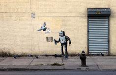 Banksy a New York. Il futuro dei graffiti (28 ottobre) Con l'inizio dell'ultima settimana newyorkese, Banksy si è spostato a Coney Island, una penisola nella zona meridionale di Brooklyn, tradizionale meta vacanziera degli abitanti della Grande Mela. Questa volta il soggetto - un writer, come spesso accade - è un robot, munito di bomboletta spray.