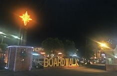 Boardwalk at Iloilo River Esplanade Stuff To Do, Things To Do, Tourist Spots, Historical Sites, Backpacking, Places To Visit, Tours, River, La Paz