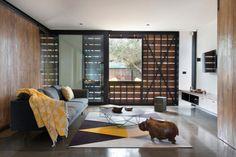 HappyModern.RU   Ковры в интерьере гостиной (57 фото): современный подход к выбору ковровых изделий   http://happymodern.ru