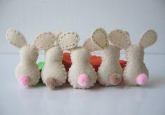 Felt bunny butts. SO cute!