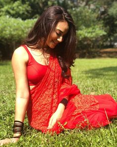 Surbhi Jyoti Biography, Age, Height, Weight, Bra Size, Shoe Size, Body, Measurements, Waist, Hips, Facebook and Instagram
