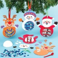 Decorate your christmas tree with objects made by children: noel DIY ideas easy Christmas Craft Projects, Holiday Crafts For Kids, Christmas Decorations To Make, Kids Christmas, Diy For Kids, Christmas Ornaments, Christmas Characters, Preschool Crafts, Images