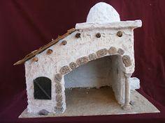 MANUALIDADES Y NAVIDAD: Portal de Belén de porexpan Xmas Crafts, Decor Crafts, Easter Play, Nativity Stable, Doll House Plans, Putz Houses, Miniature Houses, Little Houses, Winter Christmas