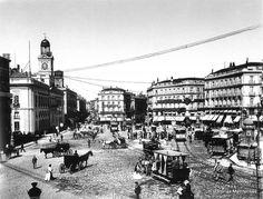 Historias matritenses- Puerta del Sol, hacía 1895. Fondo Moreno. Ministerio de Cultura.