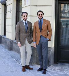 """"""" in Warsaw with Maciej wearing bespoke large roll button down (light denim) shirt and (at Amsterdam, Netherlands) """" Classic Man, Classic Style, Men's Style, Light Denim Shirt, Mens Fashion Wear, Men's Fashion, Suit Up, Jackett, Dapper"""