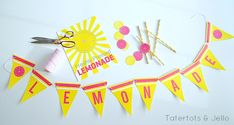 Kids summer lemonade stand free printables at tatertots and jello - banner and sign! Summer Crafts For Kids, Diy For Kids, Summer Fun, Kids Crafts, Summer Things, Free Summer, Puffy Slime Recipe, Cocktails Vin, Drinks