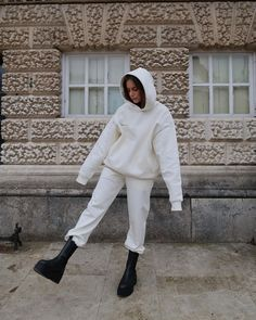 Spring Outfits, Winter Outfits, Core Collection, Sleeveless Hoodie, Cozy Fashion, Comfy Casual, Black Hoodie, Normcore, Sweat Pants
