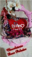 Chocolateria Doce Paladar: cesta coração e trufas - R$ 142,00 - 32 itens