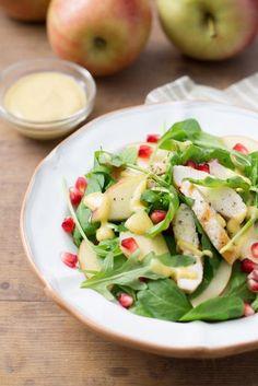 Insalata di pollo e mele: fresce e appetitosa. Non è sicuramente la solita insalata. [chicken and apple salad]