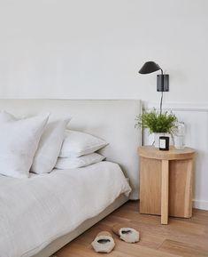 - Best ideas for decoration and makeup - Small Room Bedroom, Dream Bedroom, Home Bedroom, Master Bedroom, Bedroom Decor, White Bed Covers, White Duvet, Minimalist Bedroom, Duvet Sets