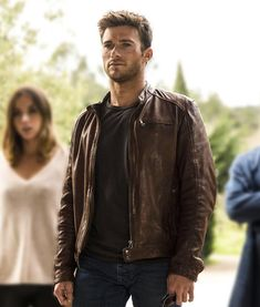 Scott Eastwood Overdrive Andrew Foster Brown Leather Jacket Product Specification: External: Real Leather Internal: Viscose Lining Collar: Snap-tab Neckline Cuffs: Press-stud Cuffs Closure: Zipper Closure Pockets: One Chest Zipper and Two Waist Zippers Brown Leather Jacket Men, Best Leather Jackets, Leather Jacket Outfits, Leather Men, Mens Fashion Leather Jackets, Biker Leather, Custom Leather, Black Leather, Scott Eastwood