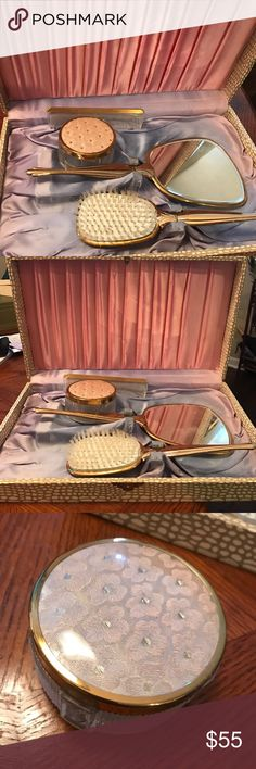 """Vintage dresser set in faux white alligator box What a lovely set- includes powder jar comb, brush and mirror. Appears to have never been used. Box is 16 1/2"""" x 10"""" x 3"""" Vintage Accessories"""
