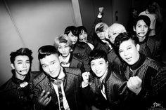 Super Junior: Hey! MAMACITA! 내가 아야야야야 ♬ [Comeback 01]