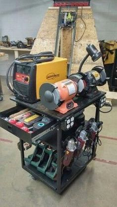 40 Awesome DIY Welding Project Ideas Unpredictable - The Best Welding Projects Examples, Tips & Tricks Metal Welding, Shielded Metal Arc Welding, Welding Cart, Welding Shop, Welding Jobs, Diy Welding, Welding Table, Welding Design, Metal Projects
