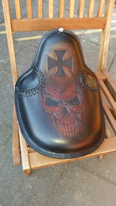 Chopper seat i made. From ,Dyrvik´s Leather Sweden