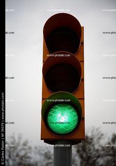 Semáforo con luz verde
