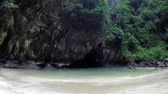 Du lịch Thái Lan không còn là điều gì mới mẻ với nhiều người VN nữa, nhất là trên diễn đàn phượt này. Tuy nhiên hầu hết các bài chia sẻ kinh nghiệm mình đọc đều viết về những điểm đến quá nổi tiếng rồi. Tháng 12/2016 mình có cơ hội được đến Trang, 1 tỉnh miền Nam Thái Lan và là nơi nổi tiếng...