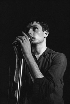 Ian Curtis, Joy Division, Salford, Pink Floyd, The Beatles, Mtv, Punk Rock, Unknown Pleasures, Band Photography