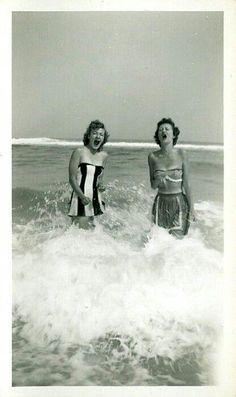 Vintage Beach images Siesta Key, Florida. #VintagePhotography #beach #Florida #historical #vintagephotograhs (Esther & Betty)