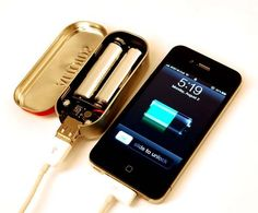 DIY cell phone charger (TAKE IT ANYWHERE) I could so make this. :)