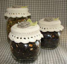 filihunkat: DIY: hæklede låg til te-krukker