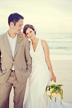 Wedding at the beach #wedding #beach #love www.vainpursuits.com