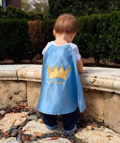 Prince cape satin-first birthday or baby boys clothes- light blue or… Baby Boy 1st Birthday, 3rd Baby, Baby Boys, Birthday Ideas, Little Prince Party, Prince Birthday Party, Party Fiesta, Royal Party, Baby Party